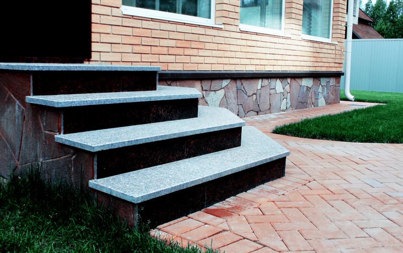 лестница и мощение