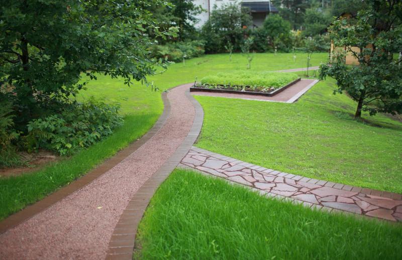 плодовый сад и огород